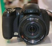Срочно продам фотоаппарат Fujifilm FinePix HS10