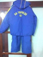продам теплый спортивный костюм